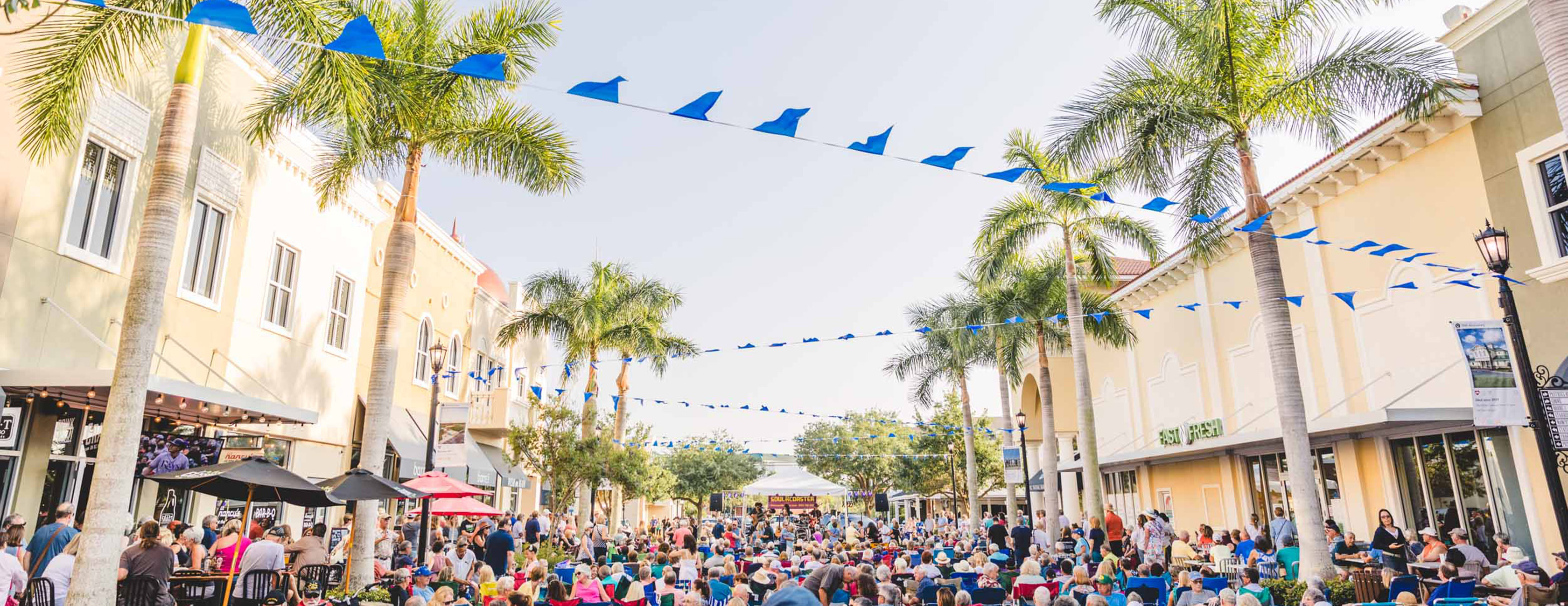 Lakewood Ranch first friday downtown - Michael Saunders & Company