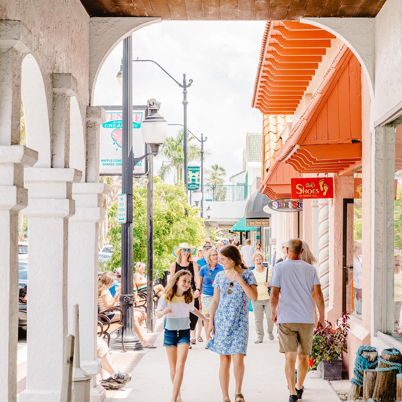 Venice Main Street with walkable shops - Venice Florida