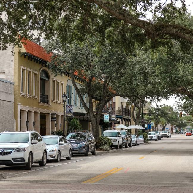 downtown shopping in Bradenton Florida