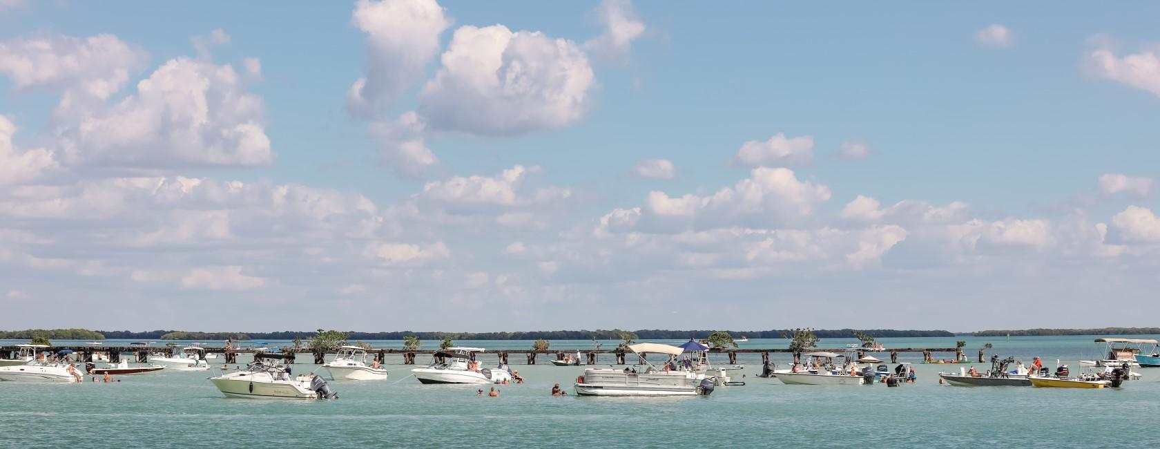 many boats - Boca Grande