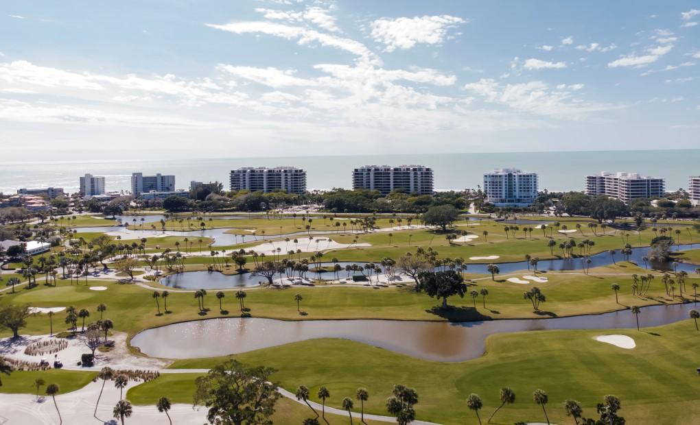 Golf course near Gulf of Mexico